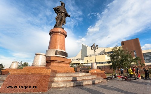 Памятники в красноярске в стиле классицизма цены на памятники спб яндекс